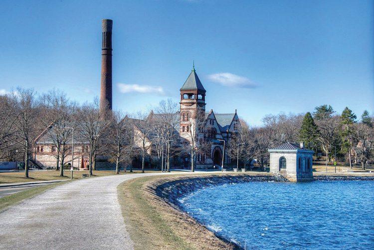 Chestnut Hill Reservoir near Boston College