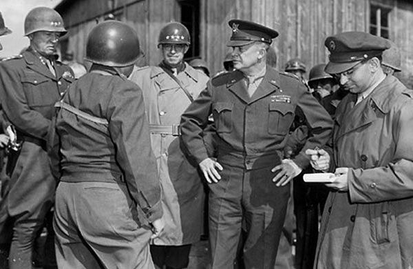 Eisenhower at Buchenwald
