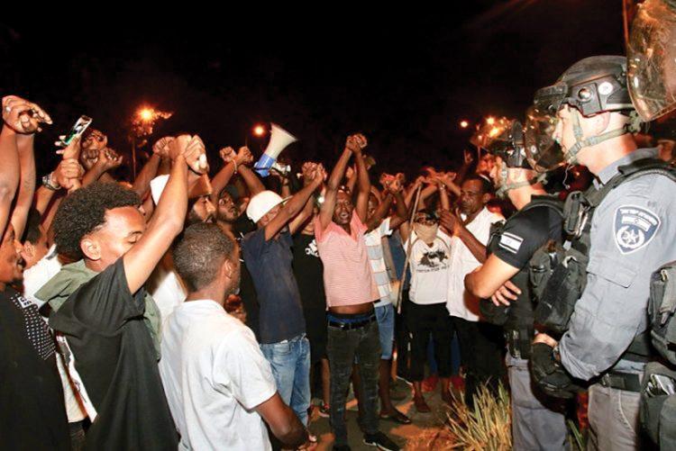 Ethiopian-Israelis demonstrate in Haifa.