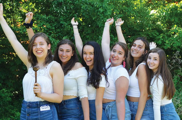 BBG Regional Board members Samara Quintero, Dora Friedman, Abby Avin, Lila Caplan, Dora Elice, and Isabella London.
