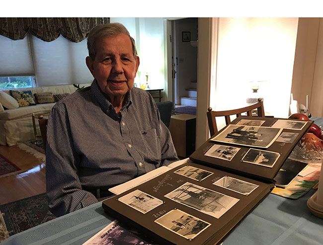 """""""I'm concerned about the excesses of nationalism,"""" said Kahn, who survived Theresienstadt. / Photo: Steven A. Rosenberg/Journal Staff"""
