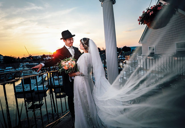 Moshe Wilhelm proposed on a beach, and Adina Lipsker Wilhelm wanted a waterfront wedding near her hometown of Swampscott. / Benamsphoto.com
