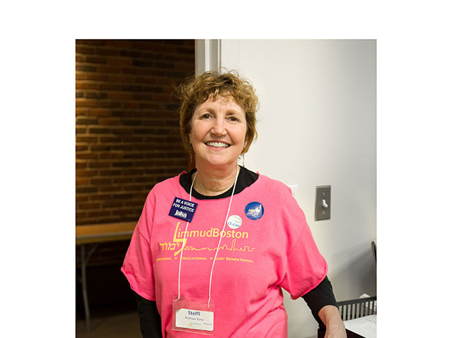 Swampscott native Steffi Aronson Karp will be honored at the 10th annual LimmudBoston Festival.