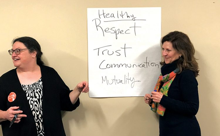 Julie Youdovin, left, and Elizabeth Schön Vainer will discuss healthy teen relationships at the JCC of the North Shore on Feb. 26.