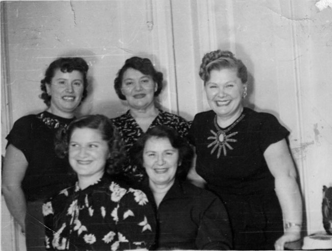 The Brandwein sisters: (Front) Grayce and Hilda; (Standing) Ethel, Esther and Fannie.