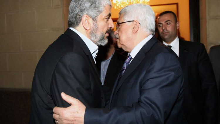 Hamas leader Khalid Marshaal (left) meets with Palestinian Authority leader Mahmoud Abbas. Photo: Mohammed al-Hums/Flash90